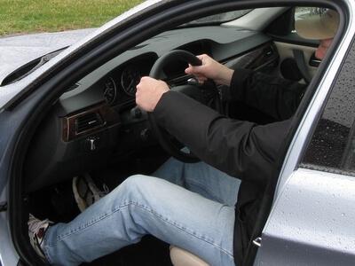 posturas correctas conduccion